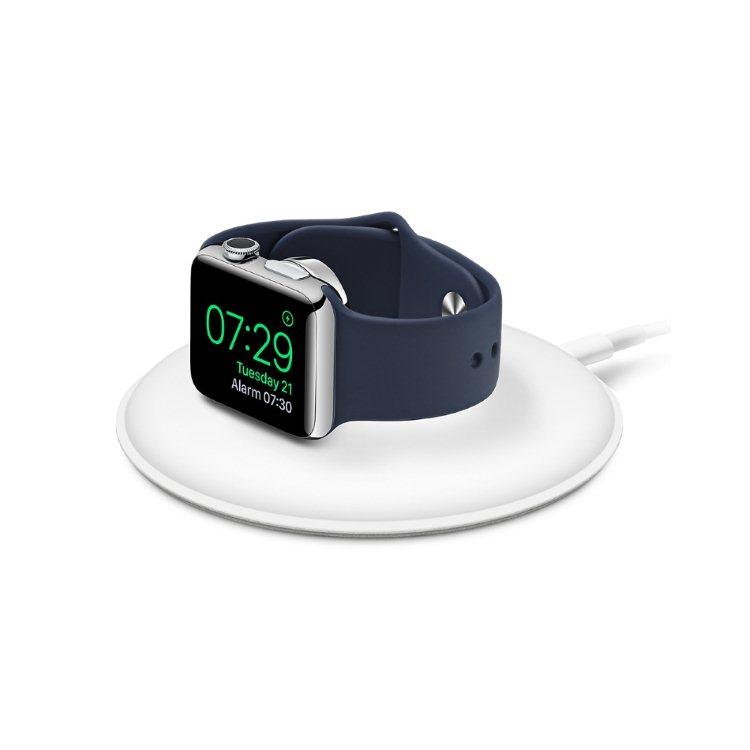 Magnetický nabíjací dock pre Apple Watch, White (MLDW2ZM/A)
